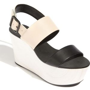 BCBG GENERATION - KAMMIE LEATHER WEDGE SANDAL